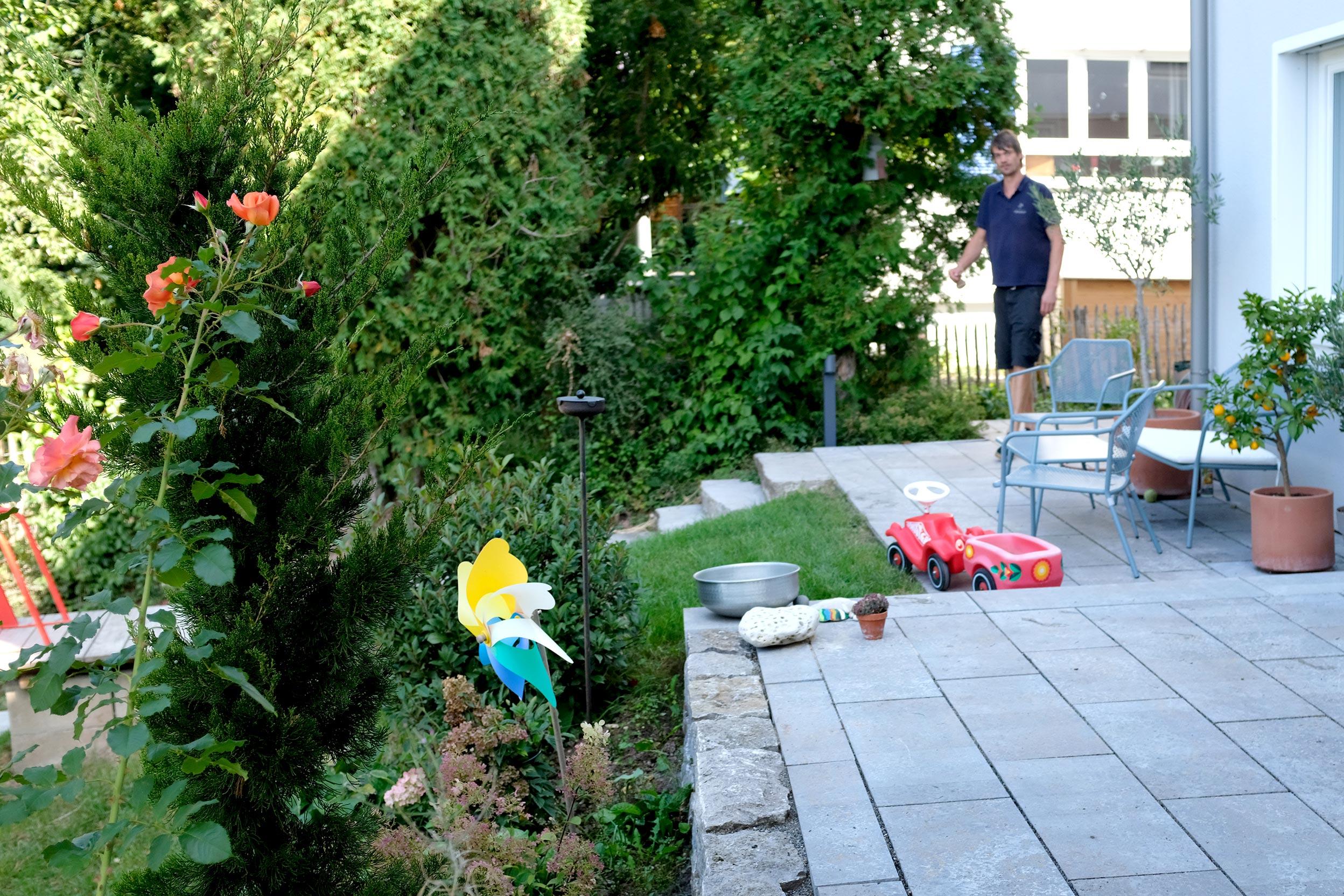 bolay-gartenbau_projekte_edel-zeitlos_terrasse